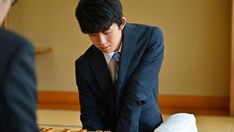 藤井聡太四段の正確かつすばやい攻め。△8六桂と捨てたのが鮮やかな決め手【プロの技】