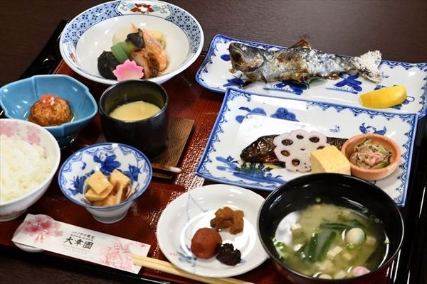 69oushou-6_meal_003.jpg