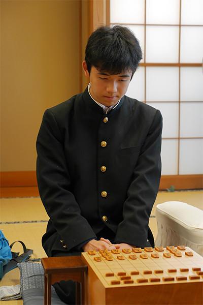 abema_fujii_02.jpg