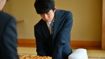 目指せ藤井聡太四段!思考力を鍛える知育玩具の選び方とは?