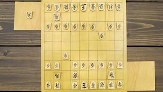 矢倉囲いでまず覚えておくべきことは? △3四歩には▲6六歩、△8四歩には▲6八銀。