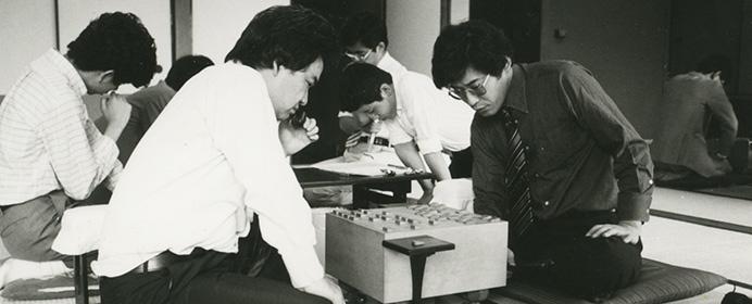 伊藤果八段が語る、詰将棋の魅力。3日考えても解けなかった7手詰とは?