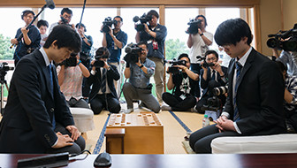 中学生棋士・藤井聡太四段。デビューから負けなし29連勝の大記録はどのように達成されたか(前編)