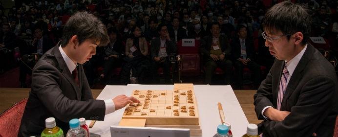 藤井聡太が佐藤名人に勝利!叡王戦ではニュースターが誕生した2018年1月を振り返る
