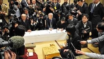 「里見は将棋に恋をしている」渡辺弥生女流初段が振り返る里見香奈女流四冠の平成