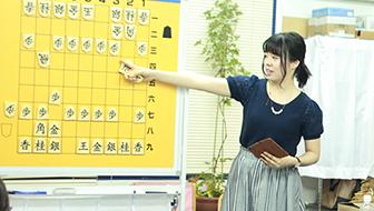 将棋教室に行きたいけれど敷居が高い...とお悩みの方必見!教室の選び方や効果的な上達のコツをご紹介