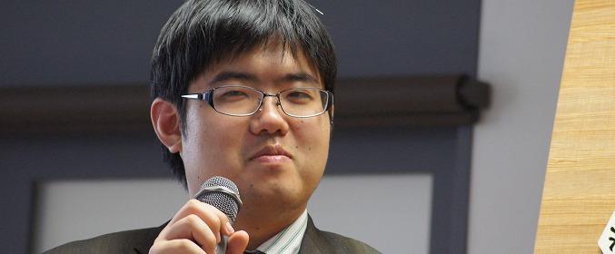 個性派棋士にして竜王経験者! 王将リーグでの糸谷哲郎八段の実績を紹介