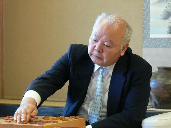 14歳、藤井聡四段 vs 76歳、加藤...