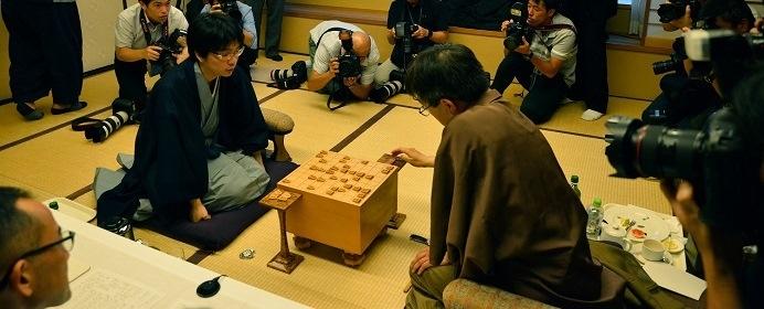 豊島将之棋聖 VS 渡辺明二冠、複数冠保持者同士のタイトル戦!ヒューリック杯棋聖戦五番勝負の展望は?