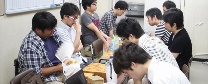 普段は見られないあの部屋をこっそり紹介。山口絵美菜女流1級による関西「棋士室」潜入レポート。