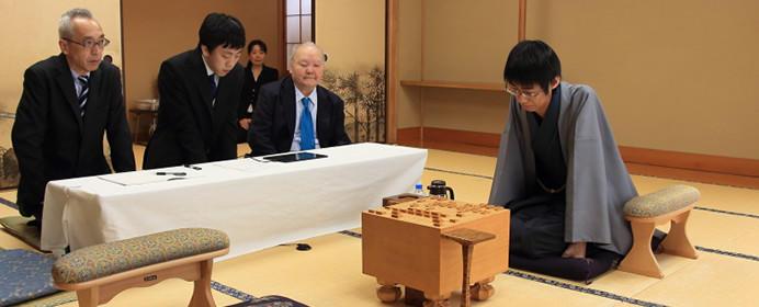 羽生三冠の考える、プロとアマチュアの一番の違いとは?【子供たちは将棋から何を学ぶのか】