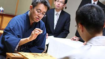 必ず実戦で役に立つ!寄せに関する将棋の格言を羽生竜王の実戦から学ぼう!【将棋の格言】