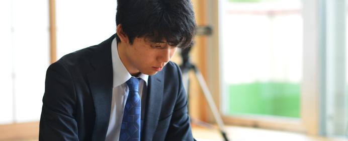 藤井四段だけじゃない!中学生からプロの世界で活躍する次世代のヒーローまとめ