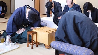 永瀬叡王が3連勝で王座奪取、自身初の二冠に 第67期王座戦五番勝負を振り返る