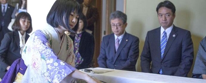 西山朋佳女王・女流王将が3つ目のタイトル獲得 第9期リコー杯女流王座戦を振り返る