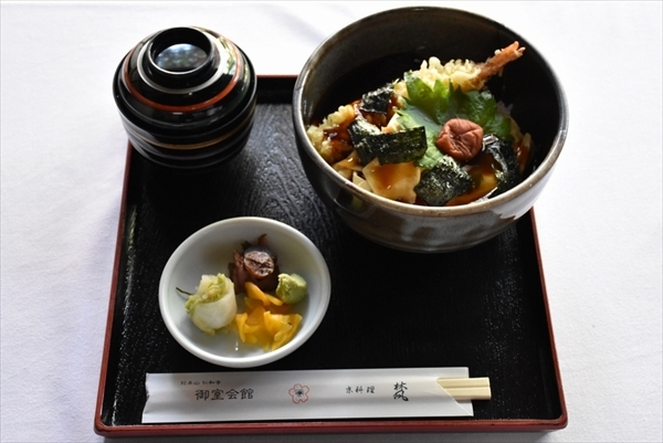 ryuuou32-2_meal01.jpg