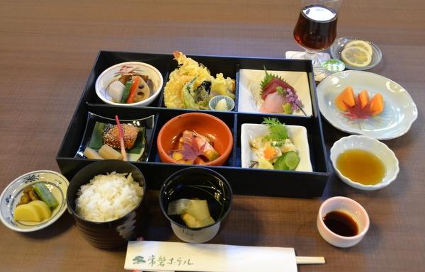 ryuuou32-4_meal03.jpg