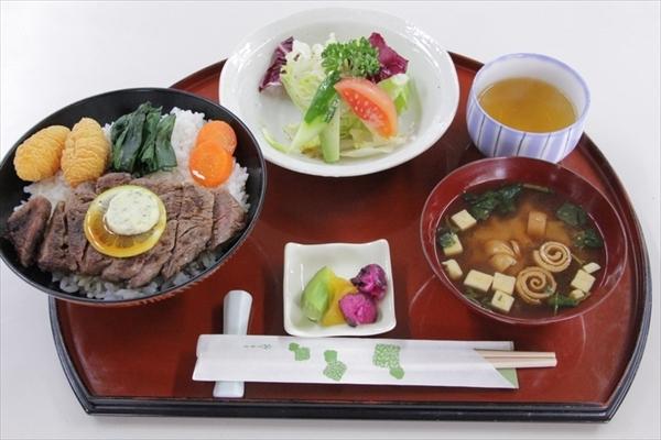 ryuuou32-5_meal03.jpg