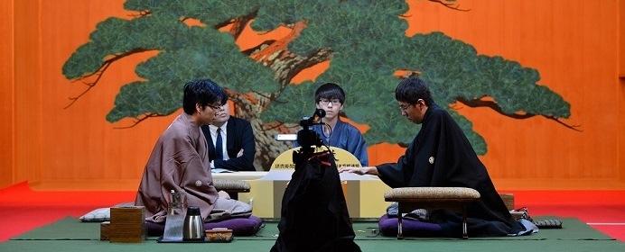 5度目の「竜王VS名人」の頂上対決が実現。広瀬竜王に豊島名人が挑戦する第32期竜王戦七番勝負の展望は?