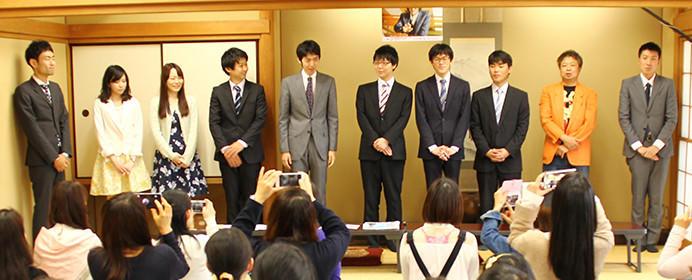 女性限定、将棋を指さない将棋イベント?若手棋士チーム東竜門と映画「3月のライオン」コラボイベントが面白い