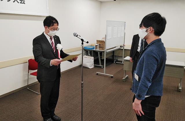 表彰・総評は日本将棋連盟常務理事・森下卓九段が行い、入賞者へ賞状・楯・賞がそれぞれ贈られた。