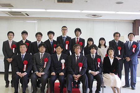 第42回将棋大賞表彰式・昇段者免...