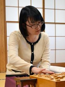 挑戦権を獲得した上田初美女流三段