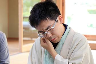 第58期王位戦、初タイトル獲得の菅井七段