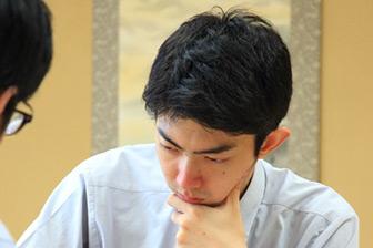 第65期王座戦挑戦者となった中村太地六段