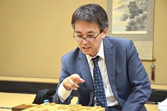 第30期竜王戦挑戦者となった羽生善治二冠