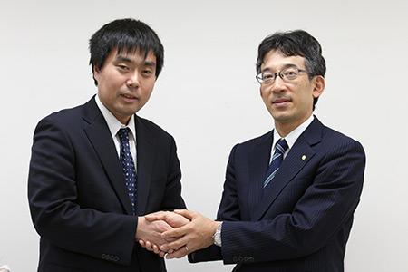 佐藤康光会長と三浦弘行九段が和解の握手
